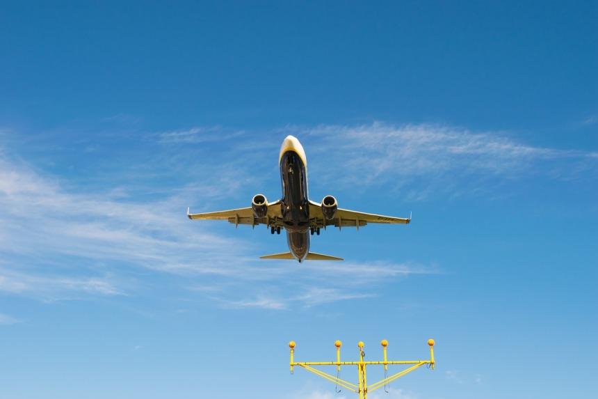 plane-1577470_1280