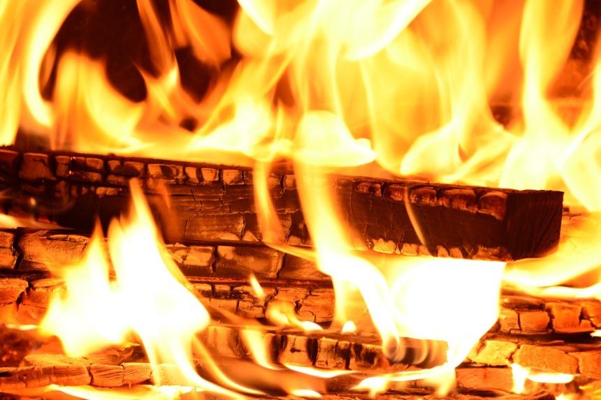 fire-227291_1280