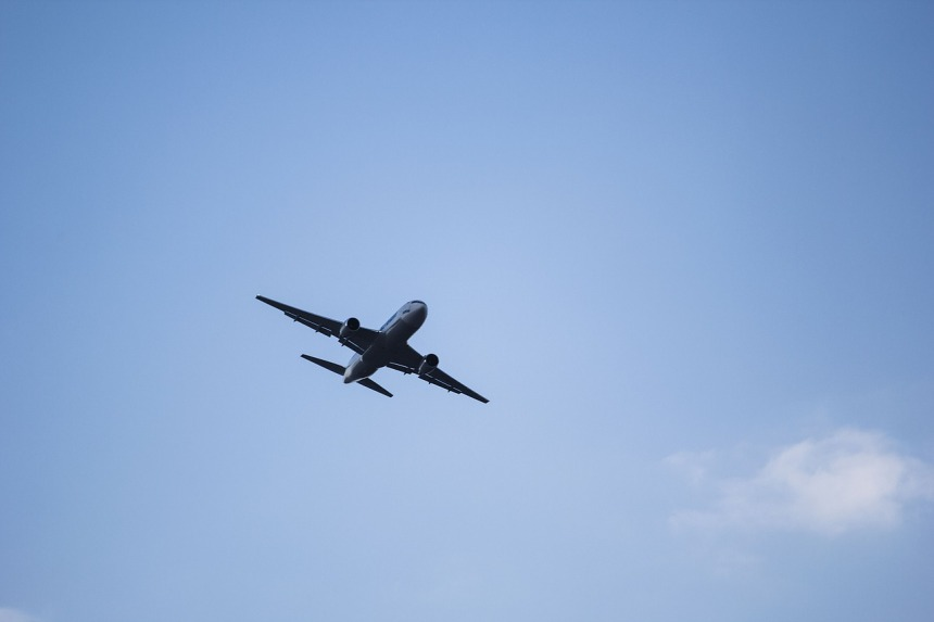 plane-1712737_1280