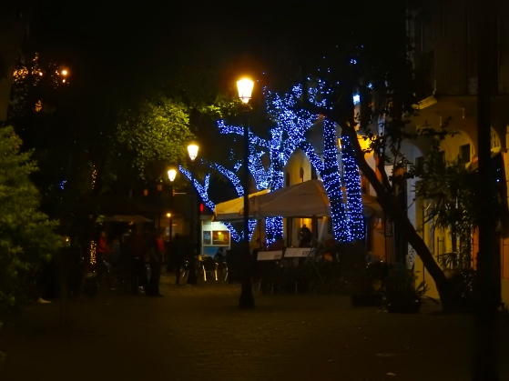 Christmas lights in El Capital